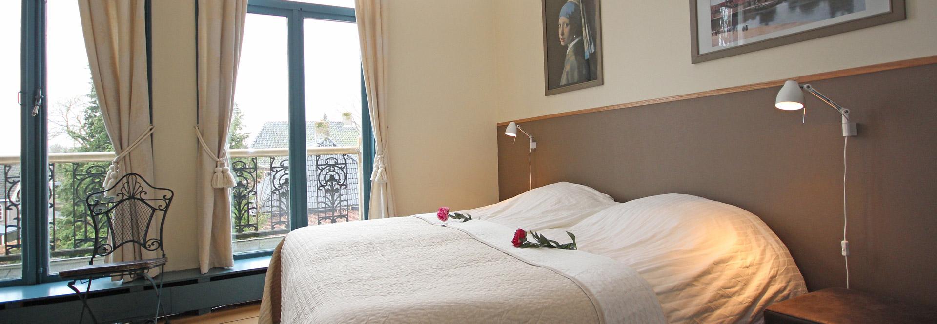 slaapkamers en badkamers en-suite in luxe Ferienvilla